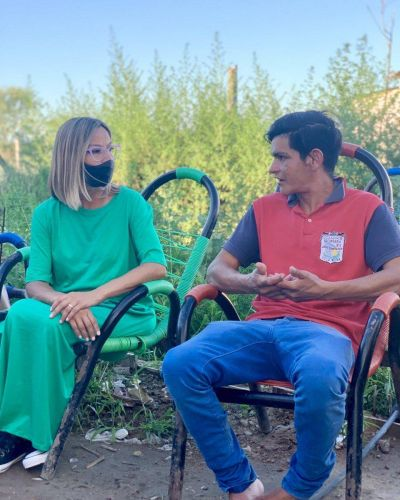Adriana Cáceres intensifica la recorrida por los barrios
