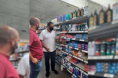 Marcelo realizó un control del Precios Cuidados en un reconocido supermercado santaclarense