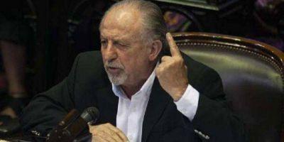 """Yasky: """"Los salarios deben aumentar al menos 4 puntos por encima de la inflación»"""