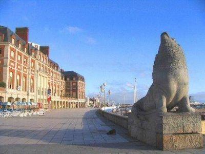 Cumpleaños de Mar del Plata: Informaron el cronograma de guardias para el asueto de este miércoles