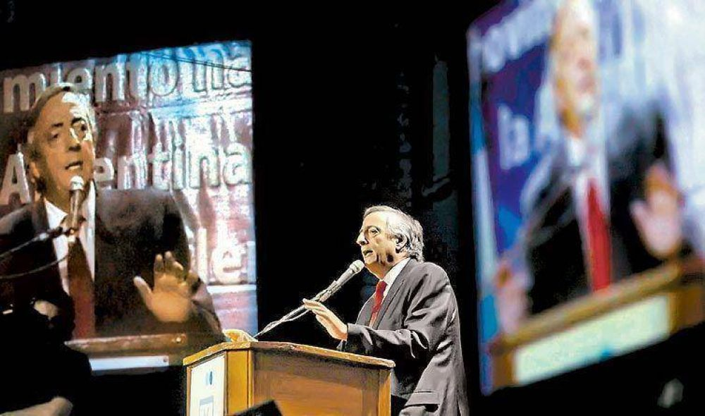 Kirchner pidió a la oposición que no desestabilice al gobierno de Cristina