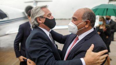 Con medio gabinete en Tucumán, Alberto ratificó la relación especial con Manzur