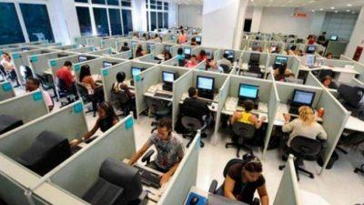 Capacitan en perspectiva de género a operadoras de la futura atención telefónica
