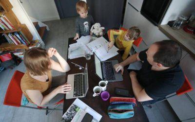 Atención padres: Trabajo modificó el sistema de «licencia parental» en función de la vuelta a presencialidad escolar