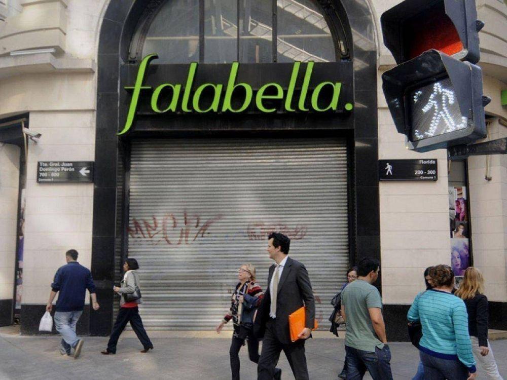 Falabella dejará a cientos de empleados sin trabajo
