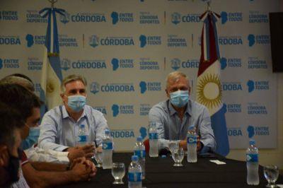Campana y Llaryora anunciaron el regreso de deportes colectivos y de público