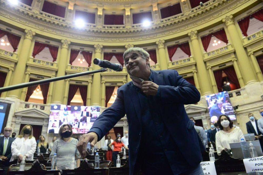 Carlos Ortega asumió su banca como Diputado y se suma un dirigente del lado de los trabajadores