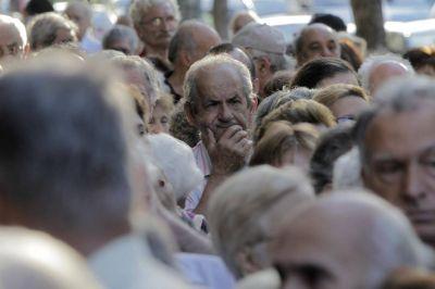 De cuánto será el primer aumento a jubilados y pensionados en marzo