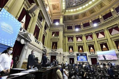 Salió casi por unanimidad la ley que intenta dejar atrás el modelo de endeudamiento de Macri