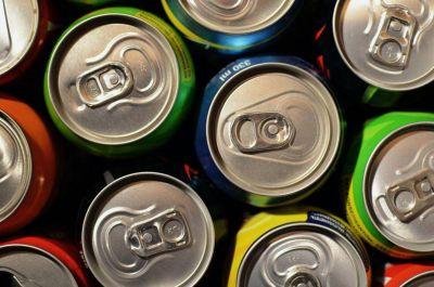 La subida del IVA a las bebidas azucaradas se deja sentir en el IPC de enero