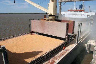 Productores aceleran sus ventas de granos por temor a suba de retenciones