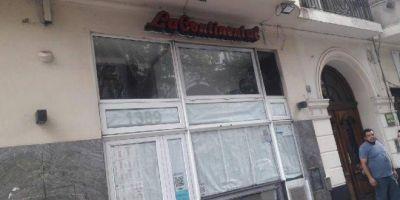 Tras meses de pagar sueldos en cuotas y con rebajas, cerró sucursal de la pizzería La Continental y dejó a 40 trabajadores en la calle