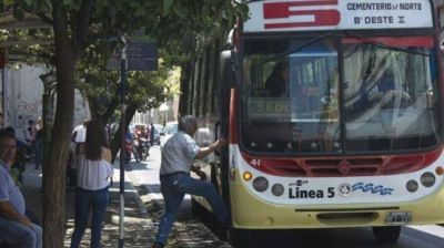 Tucumán: la UTA levantó el paro de colectivos