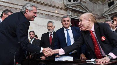 El Presidente decretó tres días de duelo nacional por la muerte de Menem