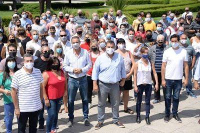 El sector que apoya a Maximiliano Abad en La Plata realizó un acto en Plaza Moreno