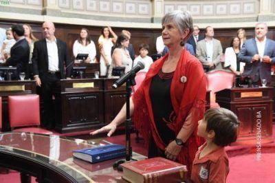 """Senadora Reigada: """"No podemos tener una oposición que boicotea"""""""