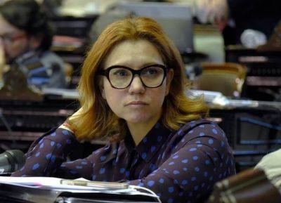 """Karina Banfi en Mar del Plata: """"Trabajamos fuertemente para que Maxi Abad y Érica Revilla encabecen una conducción que brinde futuro y solidez a la UCR"""""""