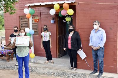 Entrega de viviendas sociales en Garza