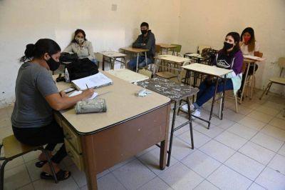Con estricto protocolo y en pocas escuelas, así arrancaron las clases presenciales en Varela