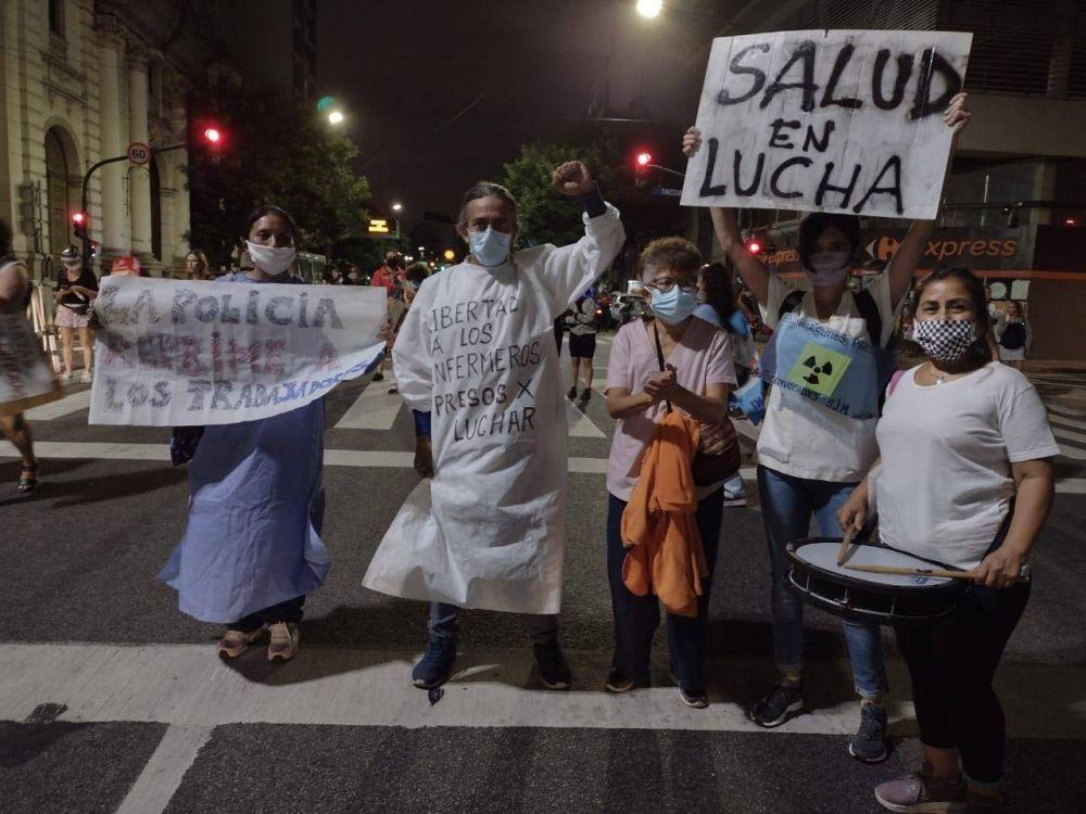 De los aplausos a la carcel: Larreta detuvo a personal de salud por reclamar salarios y profesionalidad
