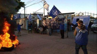 Mientras el intendente se duplica el sueldo, municipales de Junín de paro por reclamos salariales