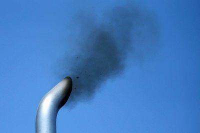 La contaminación del aire aumenta significativamente el riesgo de infertilidad, advierte un estudio