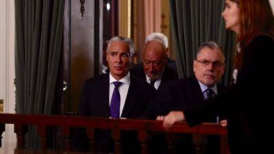 Kicillof aceptó la renuncia de De Lázzari y se abre otra vacante en la Corte bonaerense