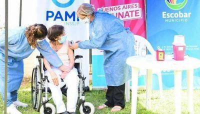 Coronavirus: Comenzó la vacunación de adultos mayores en Escobar
