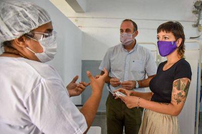 Mayra en la nueva etapa del plan de vacunación: Hay unas 6 mil personas vacunas y 92 mil preinscriptos en Quilmes