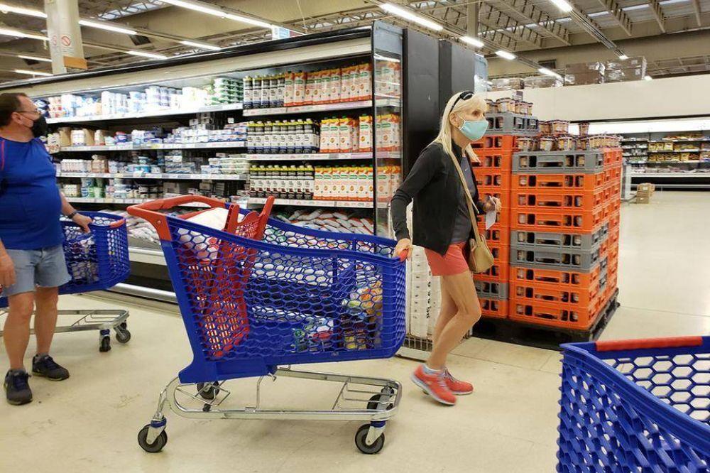 El consumo aún continúa estancado