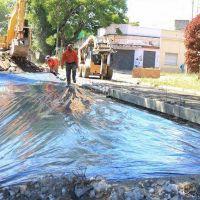 Lanús Oeste: avanzan las obras de repavimentación y bacheo