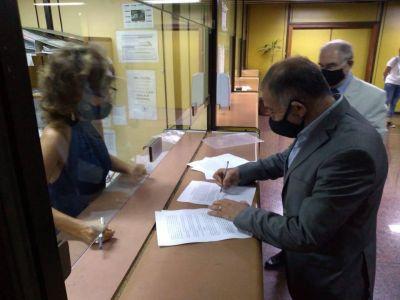 Juez y Martínez presentaron denuncia para saber quiénes recibieron la Sputnik
