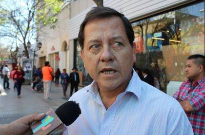 Ávila denunció penalmente a Palladino y a funcionarios de Salud por la vacunación VIP en Catamarca