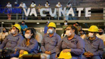 Entregan herramientas para la construcción a trabajadores tucumanos