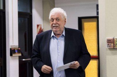 Vacunatorio VIP: uno de los empresarios que viajaron a Rusia pide que se investigue a Ginés González García por asociación ilícita