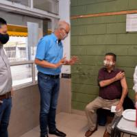Merlo | Gollán supervisó la vacunación en el distrito