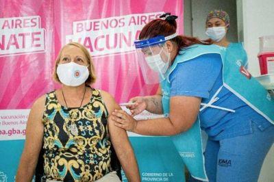En Lanús comenzó la vacunación de docentes y esperan llegar a la mayoría antes del inicio de clases