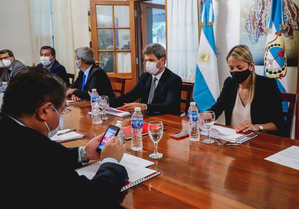 El gobernador Uñac encabezó una nueva reunión de Gabinete: los temas tratados