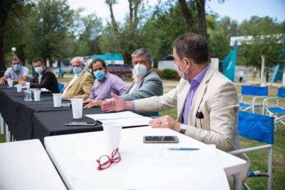 Llamosas convocó a todo su gabinete para la conformación del Equipo Río