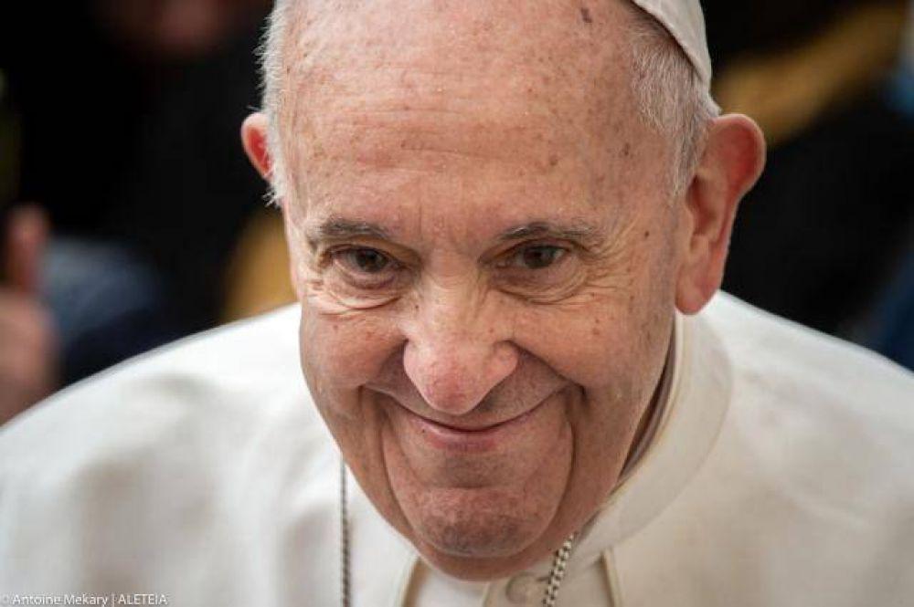 ¿Quién es el nuevo médico del papa Francisco que le acompañará a Irak?