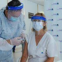 Vicente López: Ya fueron vacunados todos los residentes y el personal de salud del geriátrico municipal