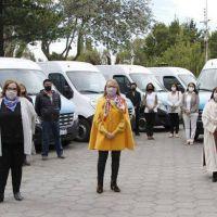 Diez escuelas especiales de Santa Cruz recibieron nuevas trafics para la movilidad de estudiantes