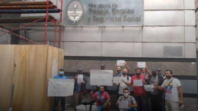 Cocacoleros reclaman por 600 puestos de trabajo dados de baja por la pandemia y el pago de deudas salariales
