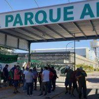 Camioneros bloquean parque industrial en reclamo de encuadre sindical de trabajadores