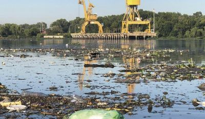 Alerta por la fuerte contaminación local que golpea al río Santiago