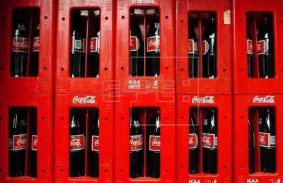 Coca-Cola responde a polémica y dice que su oficina latina no desaparece