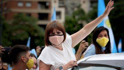 Gira literaria y marcha del #27F: Bullrich retoma protagonismo y marca el tono de la oposición