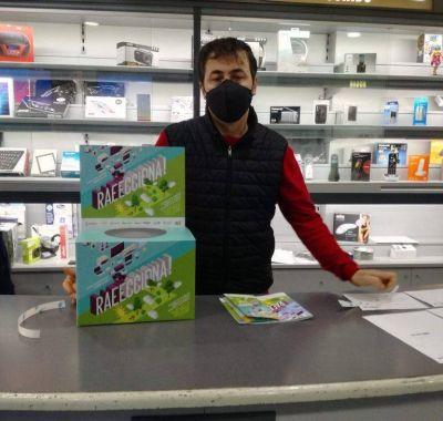 Catarroja crea una campaña para impulsar en sus comercios la recogida de los RAEE