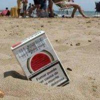 Las colillas de cigarrillos que contaminan las playas de Mar del Plata tardan 18 meses en descomponerse