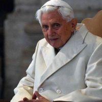 Ratzinger repite: